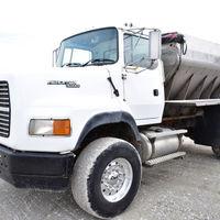 Ford spreader truck - (309) 333-9642