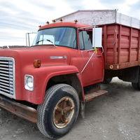 1976 IH grain truck - (217) 430-5726