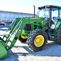 2008 JD 6330 with loader (309) 368-3786